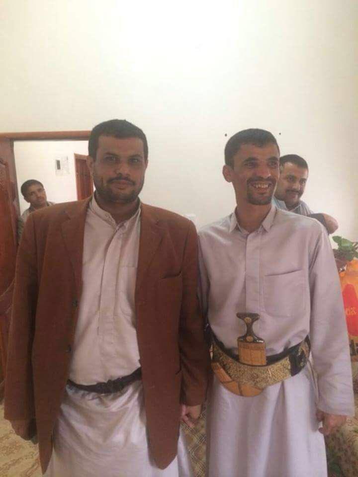 جمال الحربي: ظباط حوثيين يتسلمون مرتباتهم من الجيش الوطني في مأرب!