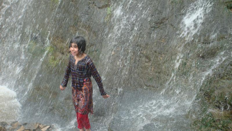 مجموعة صور لمحافظة الجمال التي يحاول المسلحون الحوثيون قتل جمالها 20-10-14-518973714.j
