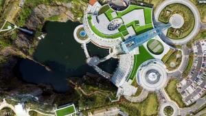 أول فندق تحت الأرض في الصين